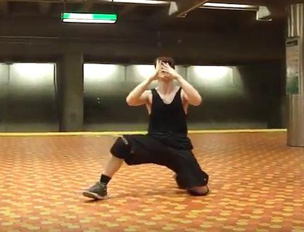 Metro poppin dance